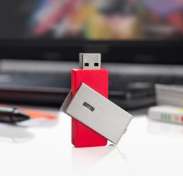 Memorie USB 16GB TWIL