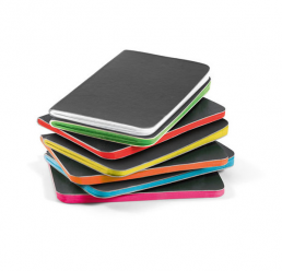 Notebook A7 cu 30 de pagini colorate